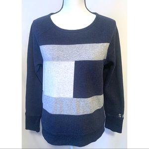 Tommy Hilfiger Vintage size medium sweatshirt